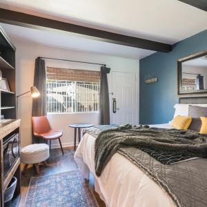Room-4-0047